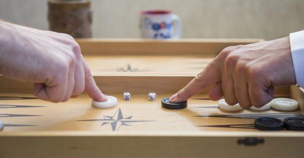 A Successful Backgammon Strategy